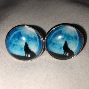 Wolf 🐺 Howling at the moon silver tone cufflinks
